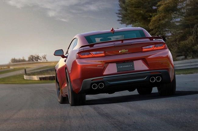 2016-Chevrolet-Camaro-SS_3