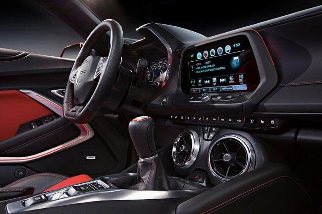 2016-Chevrolet-Camaro-SS_5