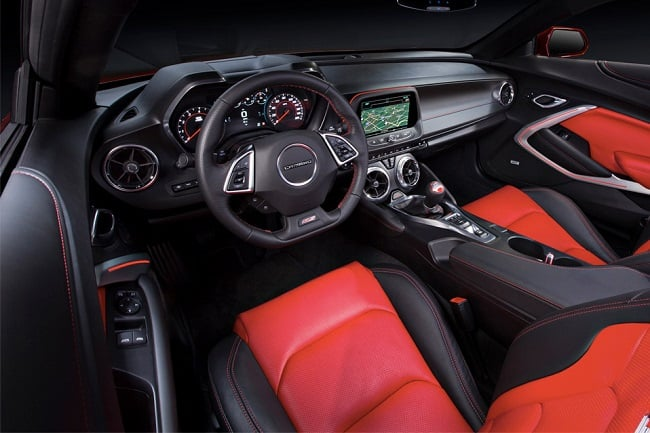2016-Chevrolet-Camaro-SS_8