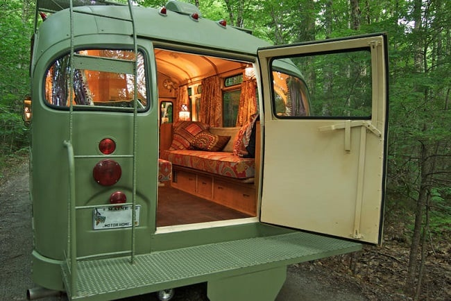 Short Bus Retro by Winkleman Architecture 3