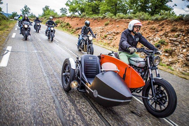 Deus Yard Built XV950 'D-Side' Motorcycle 11