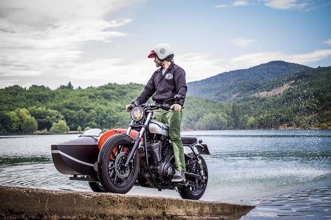 Deus Yard Built XV950 'D-Side' Motorcycle 13