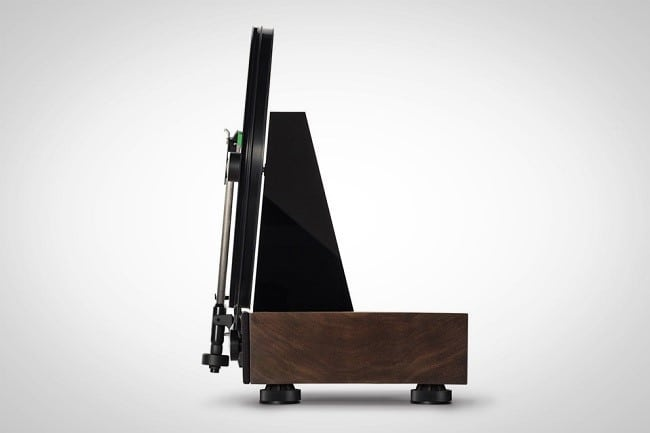 Floating Record Vertical Turntable 2