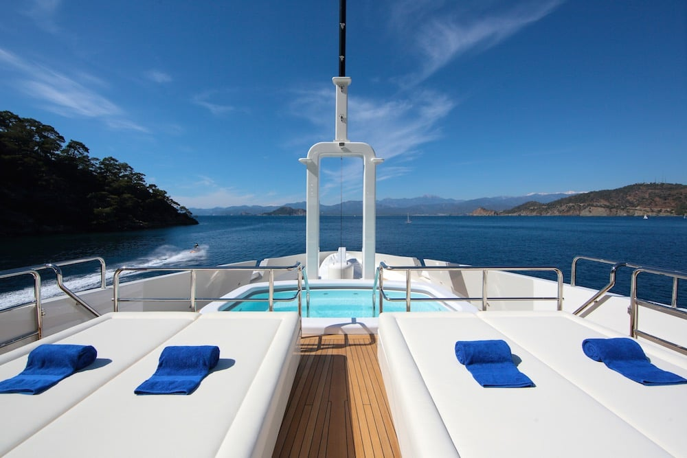 50M Benetti Vica Superyacht Pool