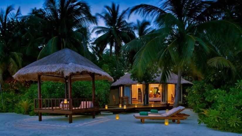 Banyan Tree Maldives Vabbinfaru Villa Exterior