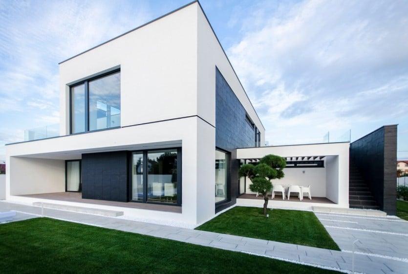 C House Exterior Design
