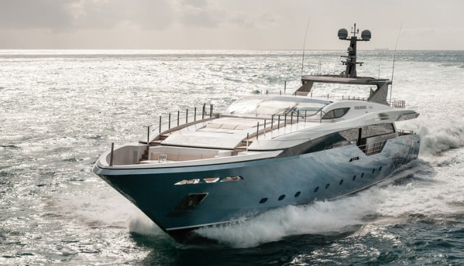 Exquisite Admiral Regale 45 Flying Dragon Yacht (5)