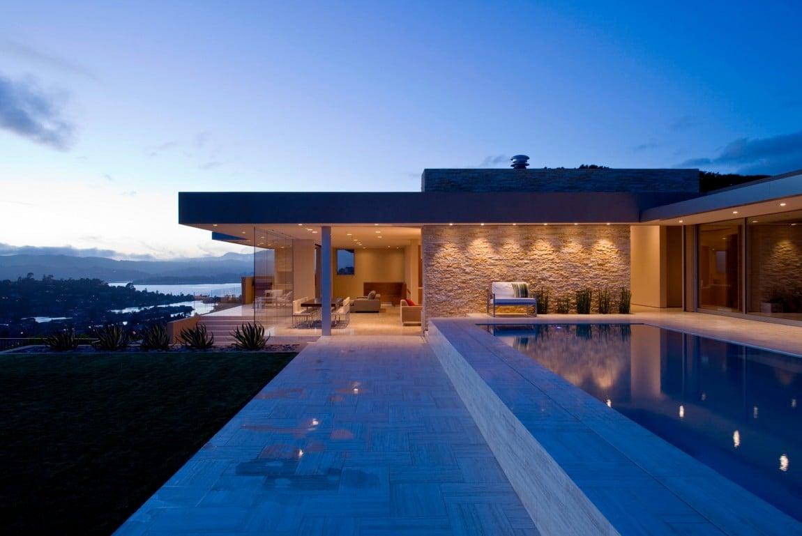 Garay Residence Pool 2