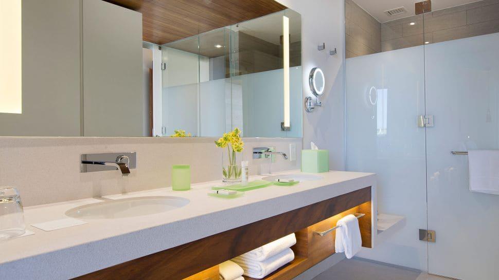 Grand Hyatt Playa del Carmen Resort Bathroom