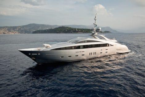 Hybrid Silver Wind Motor Yacht