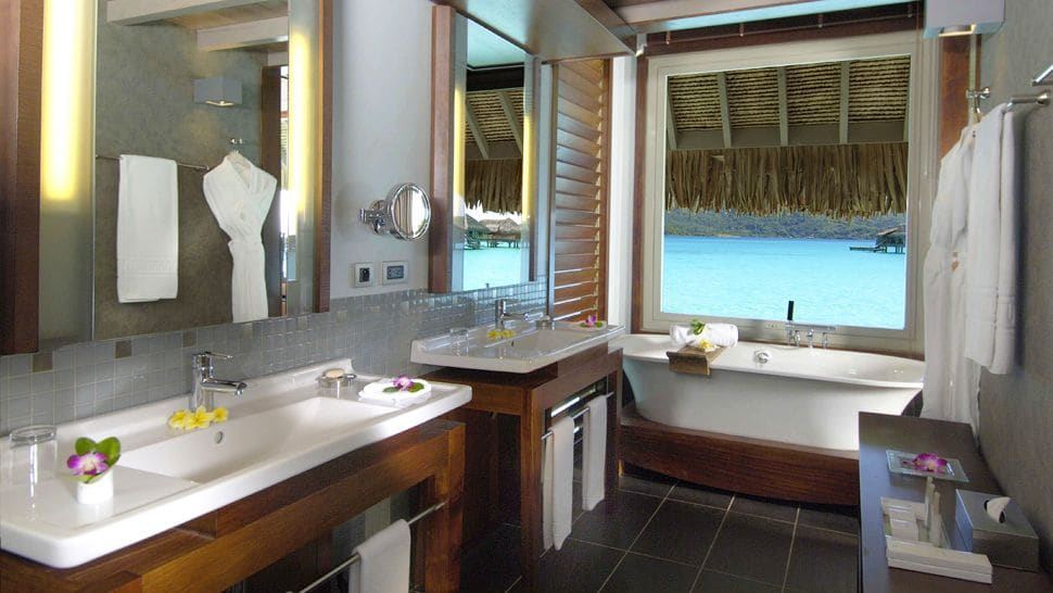 Intercontinental Bora Bora Resort & Thalasso Spa Bathroom