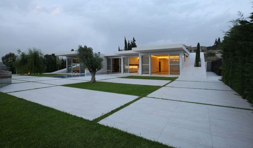 Jiyeh Villa in Lebanon Exterior Design