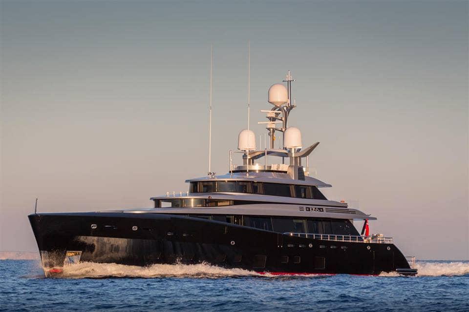 Kiss Luxury Motor Yacht