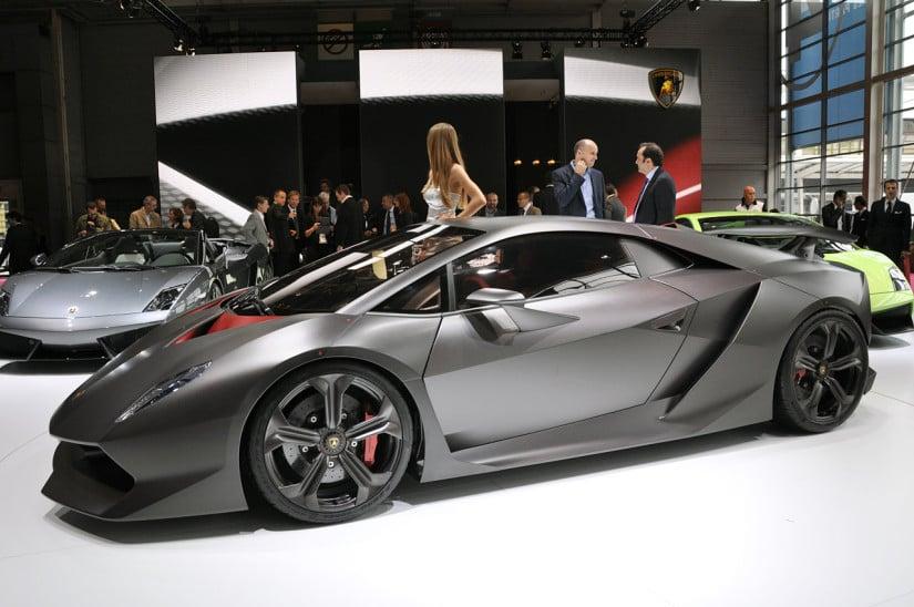 Lamborghini Sesto Elemento Side View 3