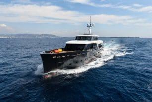 Logica 147-01 Superyacht