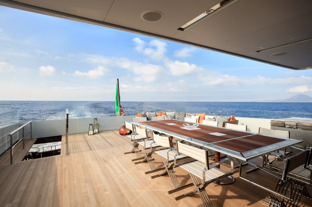 Logica 147-01 Superyacht Deck