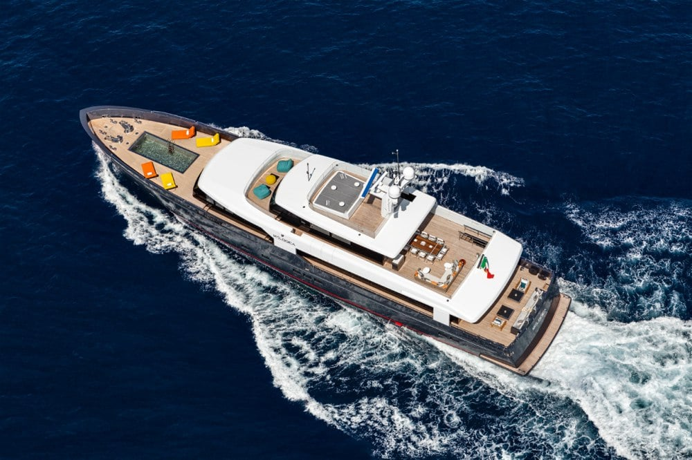 Logica 147-01 Superyacht Top View