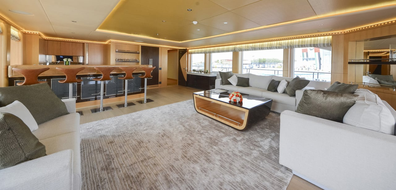 Majesty 155 Luxury Yacht Main Saloon