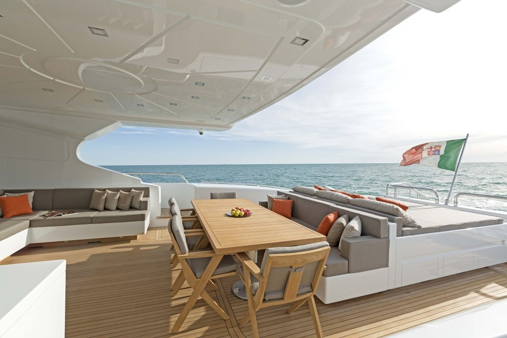 Mangusta 132 Private Yacht Breakfast Table