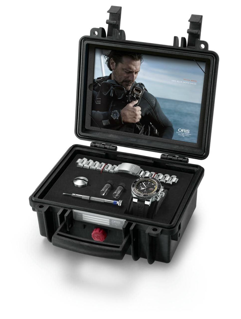 Oris Aquis Depth Gauge Chronograph Waterproof Case