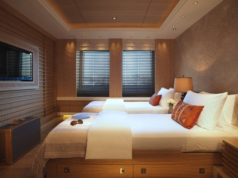 RV Pegaso Yacht Cabin