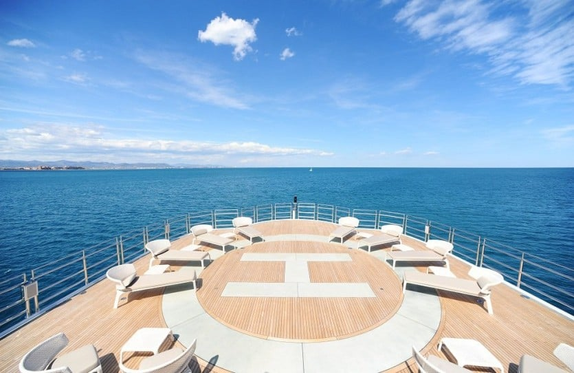 RV Pegaso Yacht Helicopter Deck