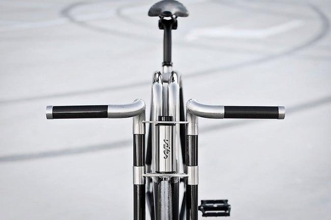 VIKS Carbon Bike 5