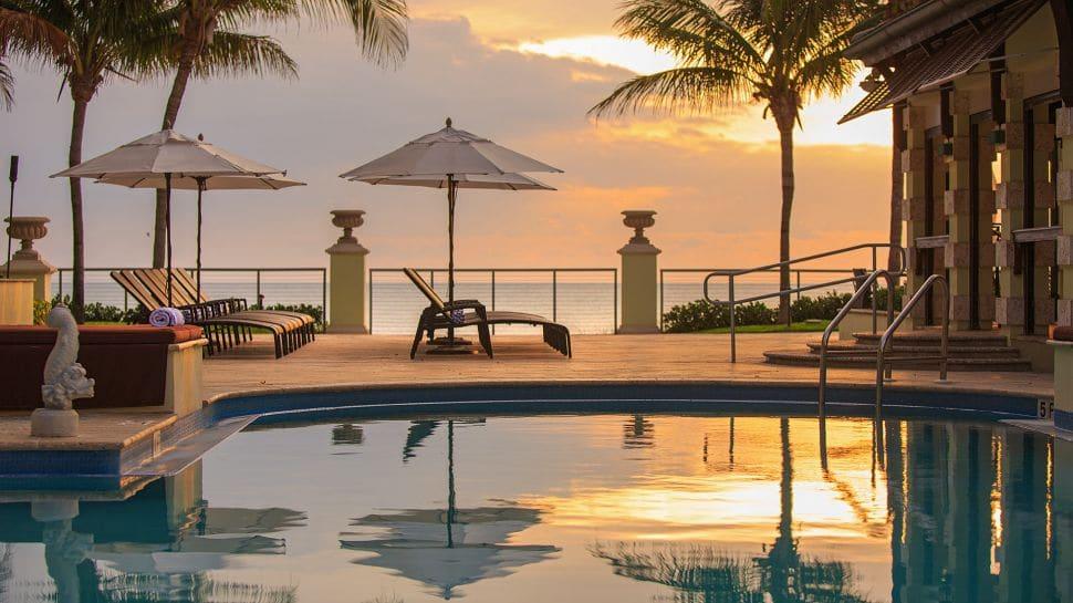 Vero Beach Hotel & Spa Sunbeds