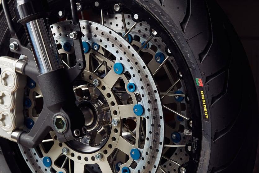 Yamaha XJR1300 Wheel