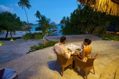 Bora Bora Pearl Beach Resort & Spa Dinner