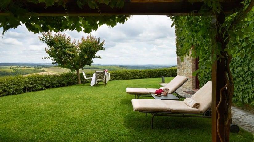 Italy, Hotel Le Fontanelle Lounge Area