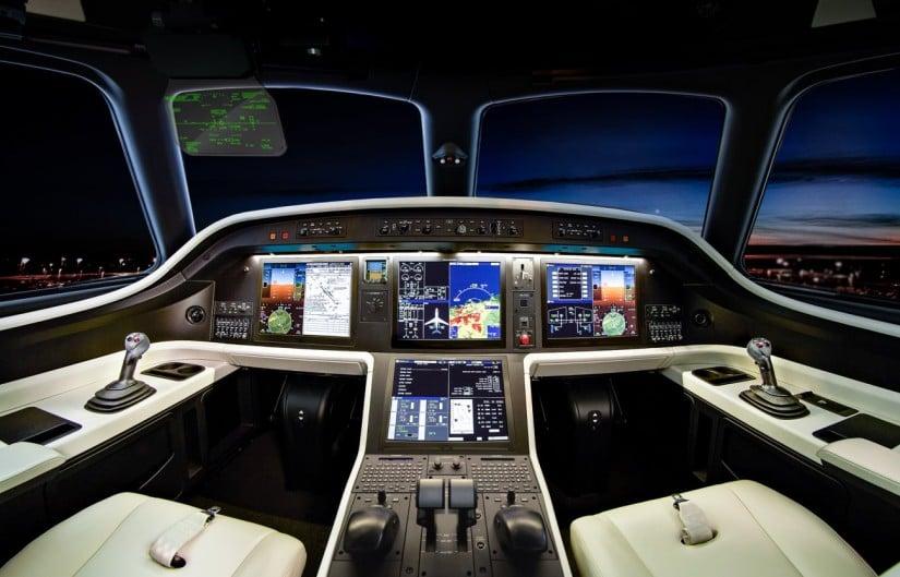 The Embraer Legacy 450 Jet Cockpit