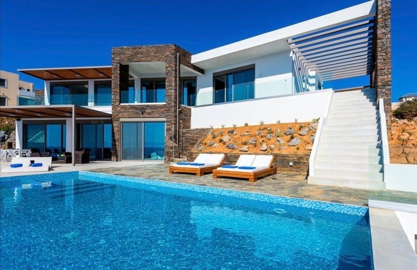 Five-star Luxury Villa Kyma in Greece