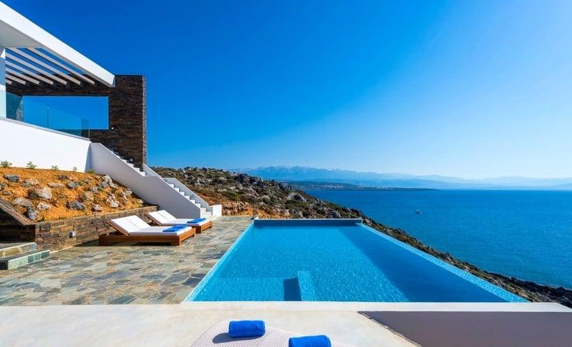 Infinity Pool, Villa Kyma in Greece