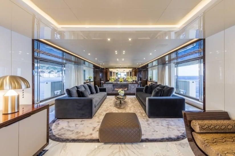 Mondomarine SF40 Yacht Serenity, Saloon
