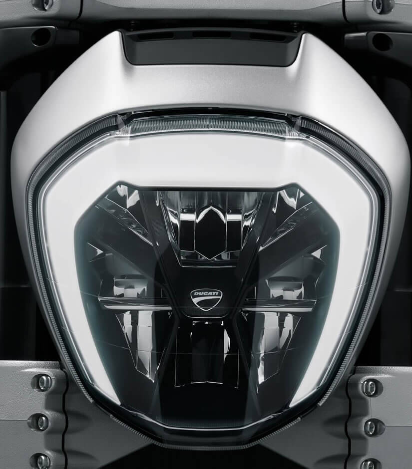 Light, Ducati XDiavel