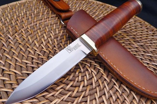 Vehement Knives Leather Bushcrafter 3