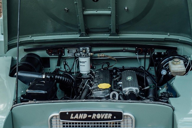 1982 Land Rover Series 3 + Camping Trailer 7