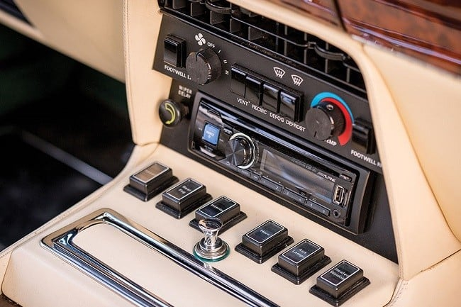 1987 Aston Martin V8 Vantage 'X-Pack' 10