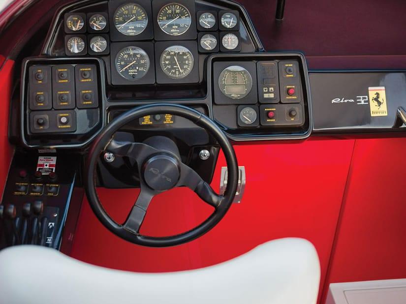 1990 Riva Ferari 32 speedboat steering wheel