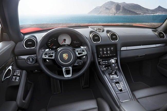 Porsche 718 Boxster 2