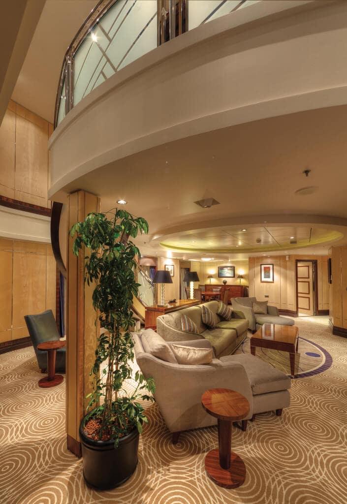 Queen Mary 2 Grand Duplex Suite