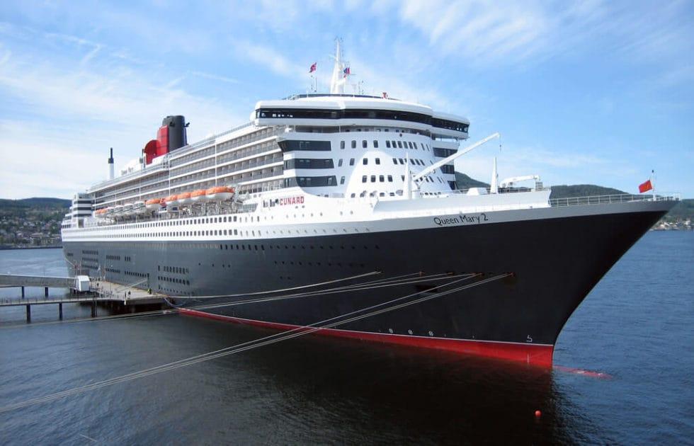 Queen Mary 2 in Trondheim 2007
