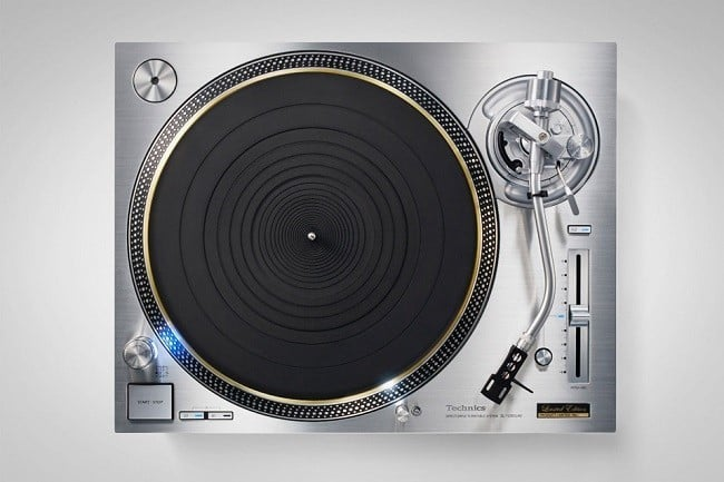 Technics SL-1200GAE Turntable 4
