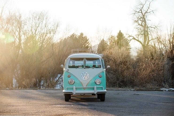 1963 Volkswagen Super Deluxe Microbus with Camper 12