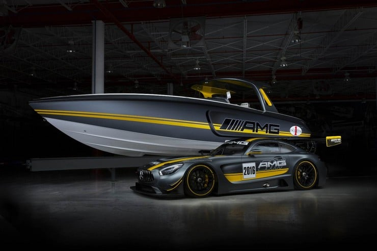 Cigarette Racing 41' SD GT3 Boat 11