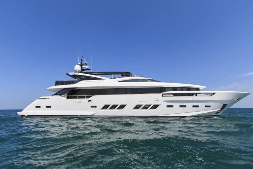 Dreamline 34 Luxury Yacht by DL Yacht