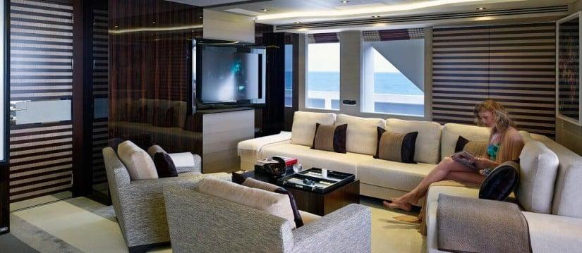 Galactica Star Yacht, Upper Deck Saloon