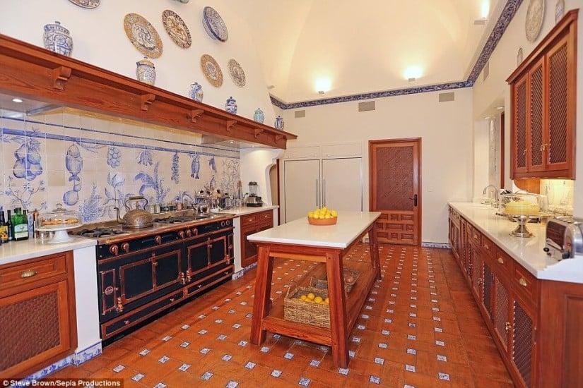 Kitchen, Hacienda de la Paz, Los Angeles