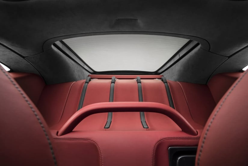 2017 McLaren 570GT, Red Interior